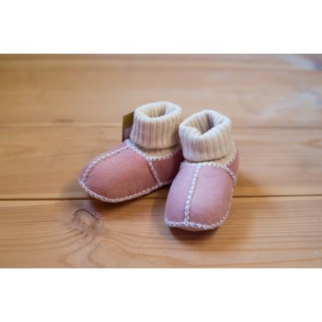 Меховые пинетки из овчины с теплым носком розовые
