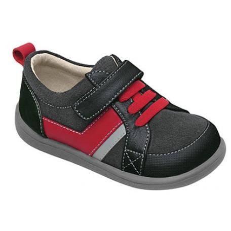 Ботинки для мальчиков черно-серые Cash Black (Кэш черные) SeeKaiRun